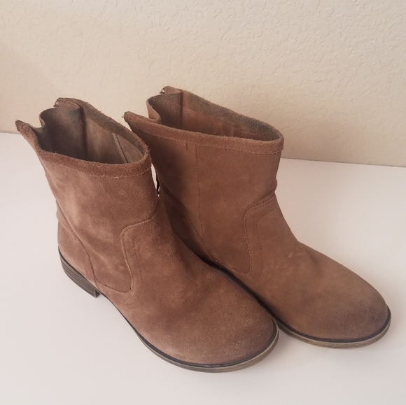 Crown Vintage Suede Ankle Boots Brown Flat Sz 8